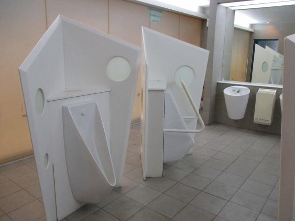 1.博多デイトスの公衆トイレ.jpg
